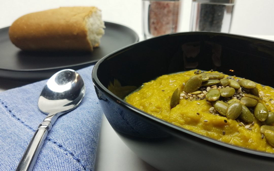 Roasted Turmeric Cauliflower Soup